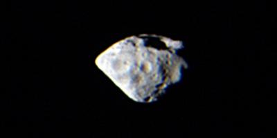Rosetta est passée à seulement 800 km de l'astéroïde Steins le 5 septembre. Crédits : Credits: ESA ©2008 MPS for OSIRIS Team MPS/UPM/LAM/IAA.